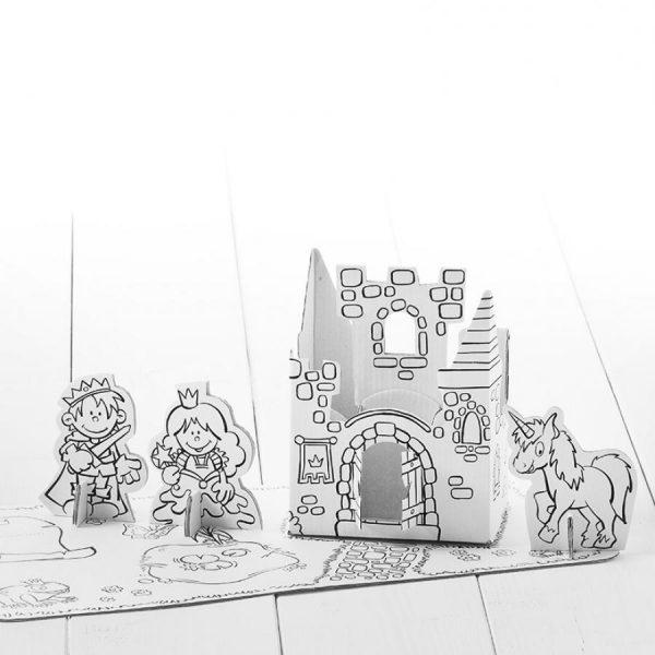 Castelo e princesa, para construir e pintar. Em Cartão, da Calafant.